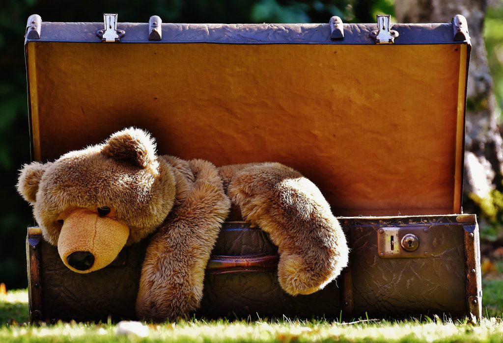 kids toy traveling
