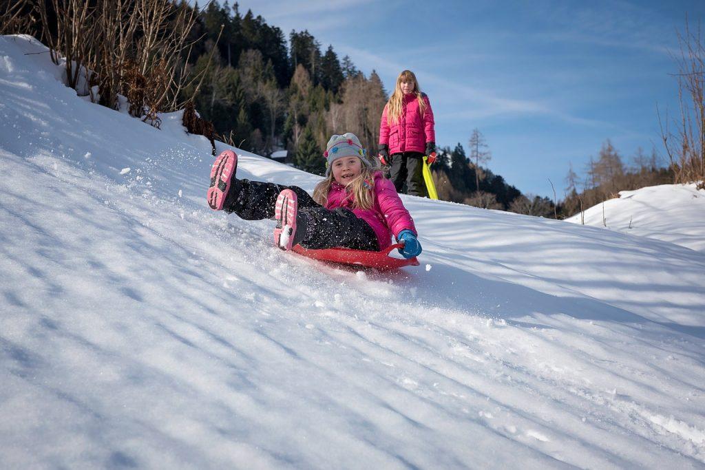 children-snow