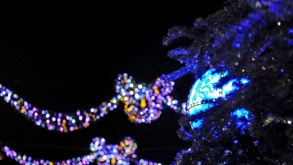 n015837_2020nov08_christmas-atmosphere_16-9